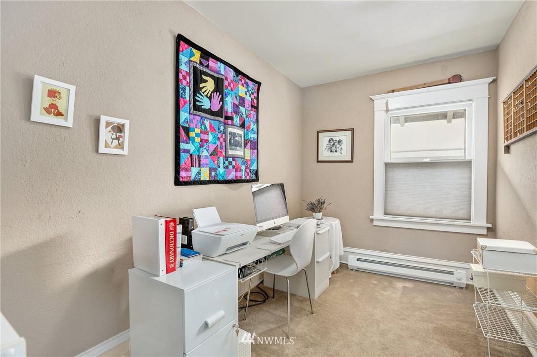 Sold Property   751 31st Avenue Seattle, WA 98122 32