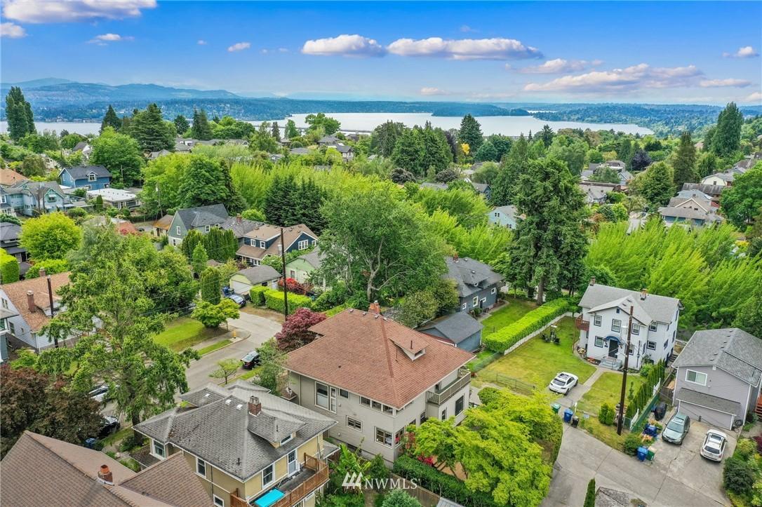 Sold Property   751 31st Avenue Seattle, WA 98122 33