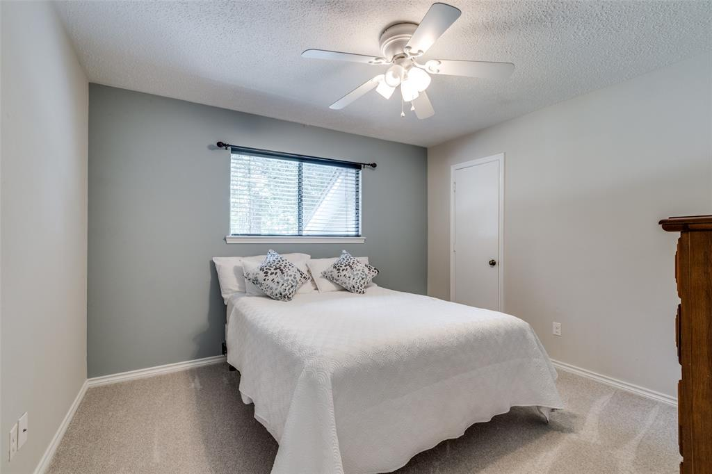 Off Market   7 Tangle Brush Drive The Woodlands, Texas 77381 27