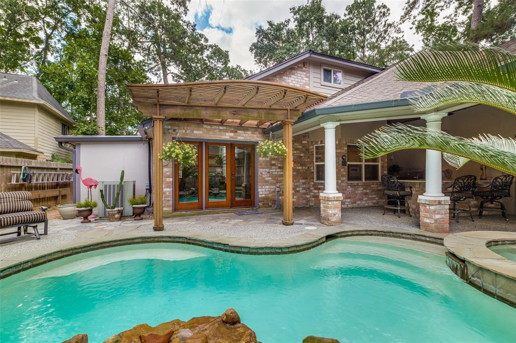 Off Market   7 Tangle Brush Drive The Woodlands, Texas 77381 35