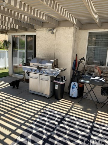 Active Under Contract   405 S Shoal Creek Street Banning, CA 92220 28