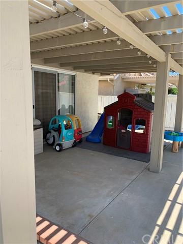 Active Under Contract   405 S Shoal Creek Street Banning, CA 92220 27