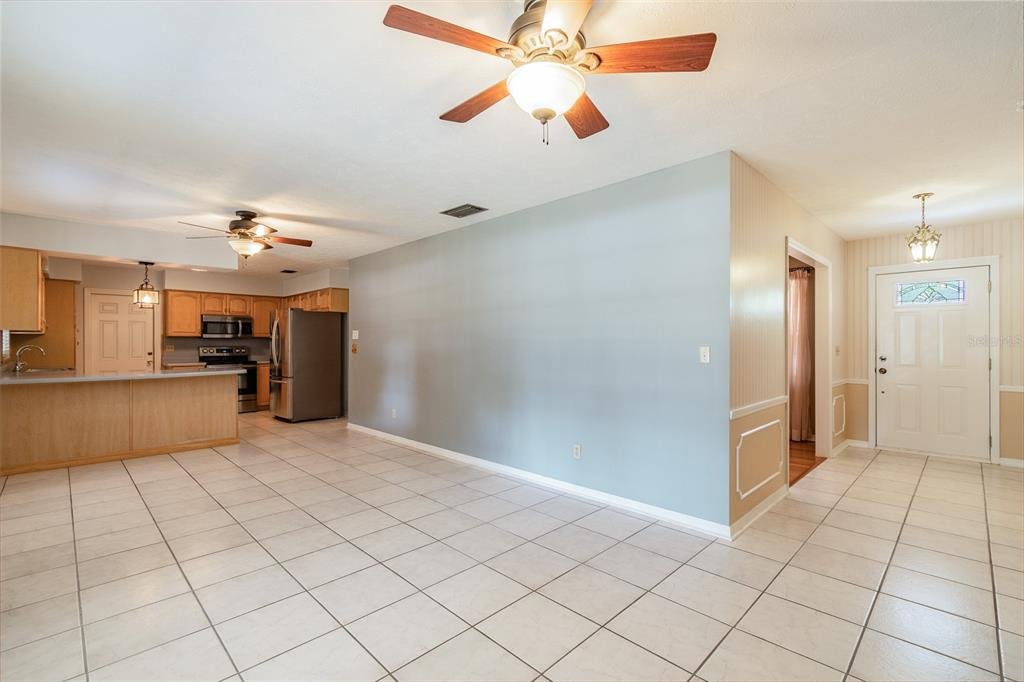 Pending   6814 PROVIDENCE ROAD RIVERVIEW, FL 33578 21