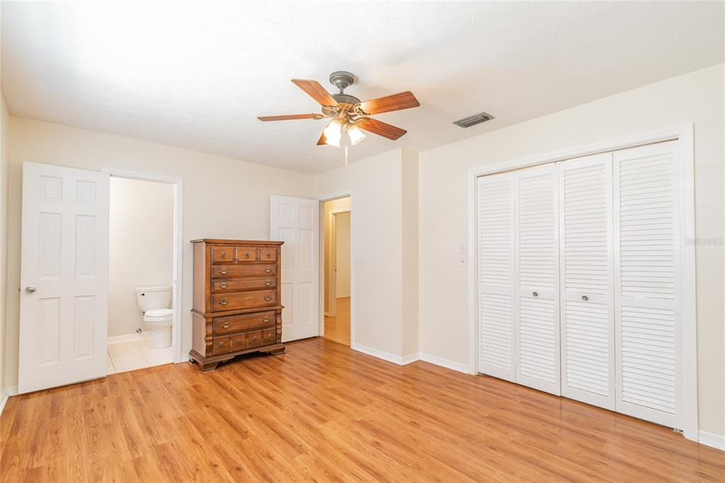 Pending   6814 PROVIDENCE ROAD RIVERVIEW, FL 33578 29