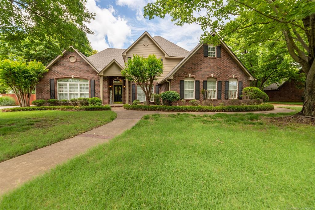Off Market   1804 Forest Park Drive Claremore, Oklahoma 74017 1