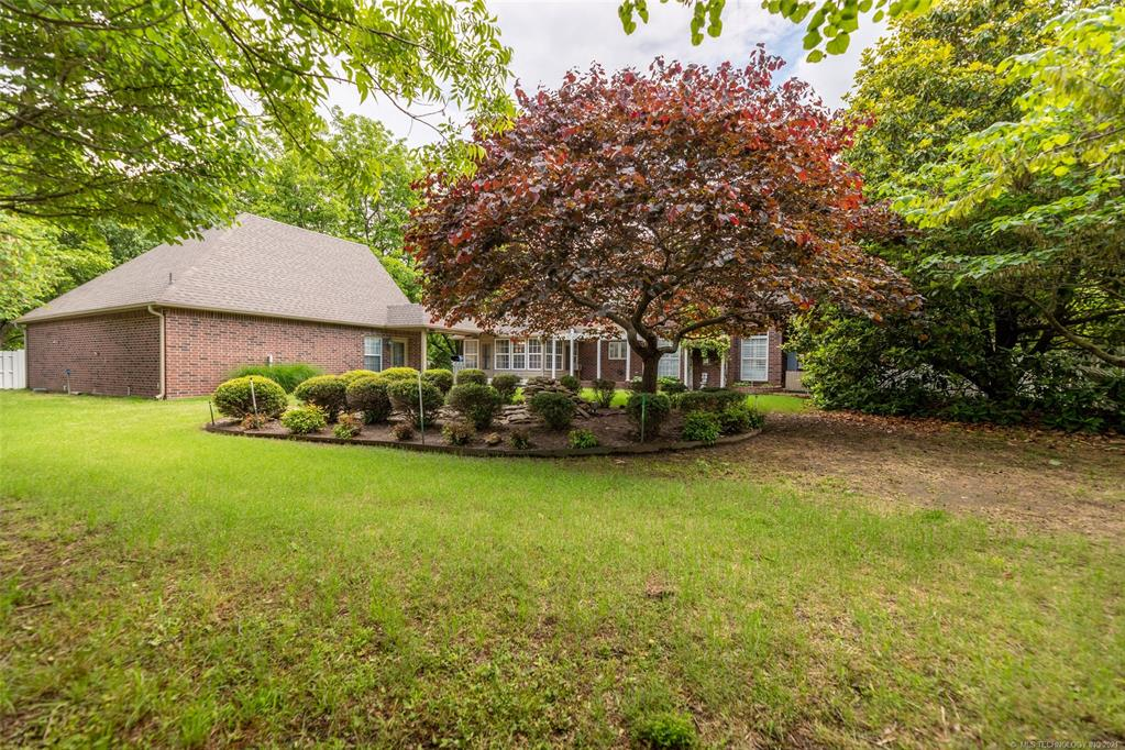 Off Market   1804 Forest Park Drive Claremore, Oklahoma 74017 43