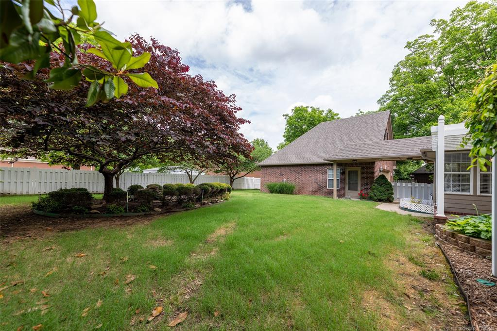 Off Market   1804 Forest Park Drive Claremore, Oklahoma 74017 44