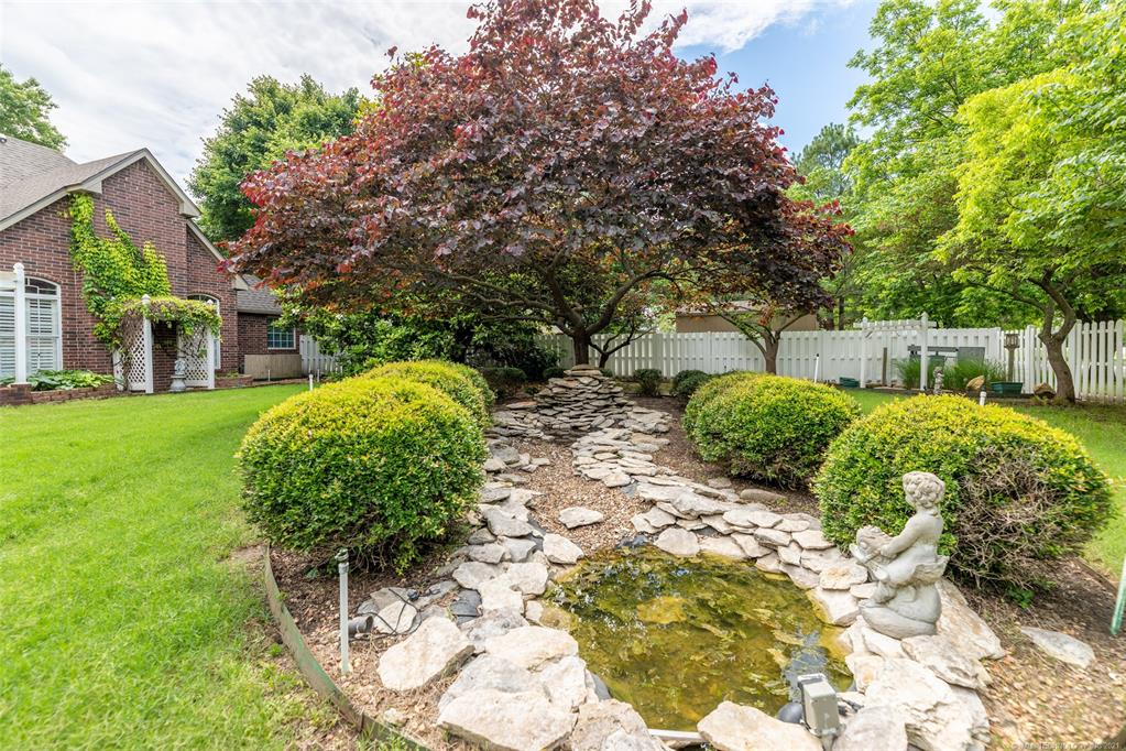 Off Market   1804 Forest Park Drive Claremore, Oklahoma 74017 45