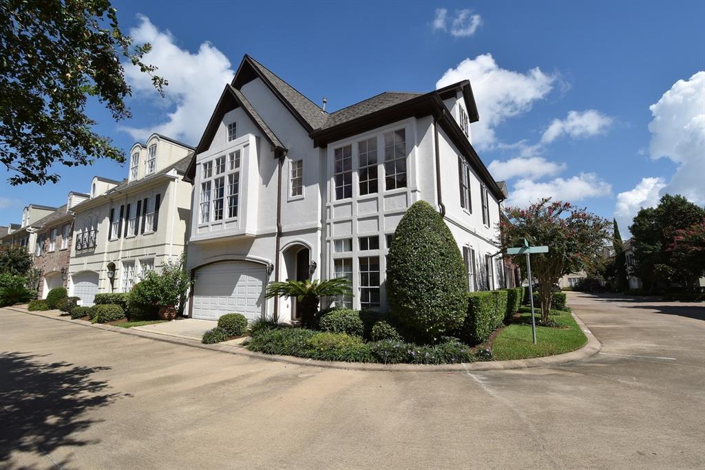 Off Market | 3202 S Pemberton Circle Drive Houston, Texas 77025 0