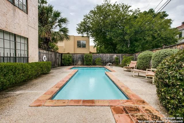 Active Option | 211 GRANDVIEW PL #2 San Antonio, TX 78209 7
