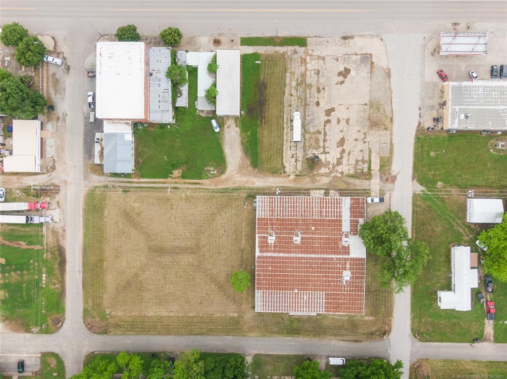 Active   233 W 8th Weleetka, Oklahoma 74880 3