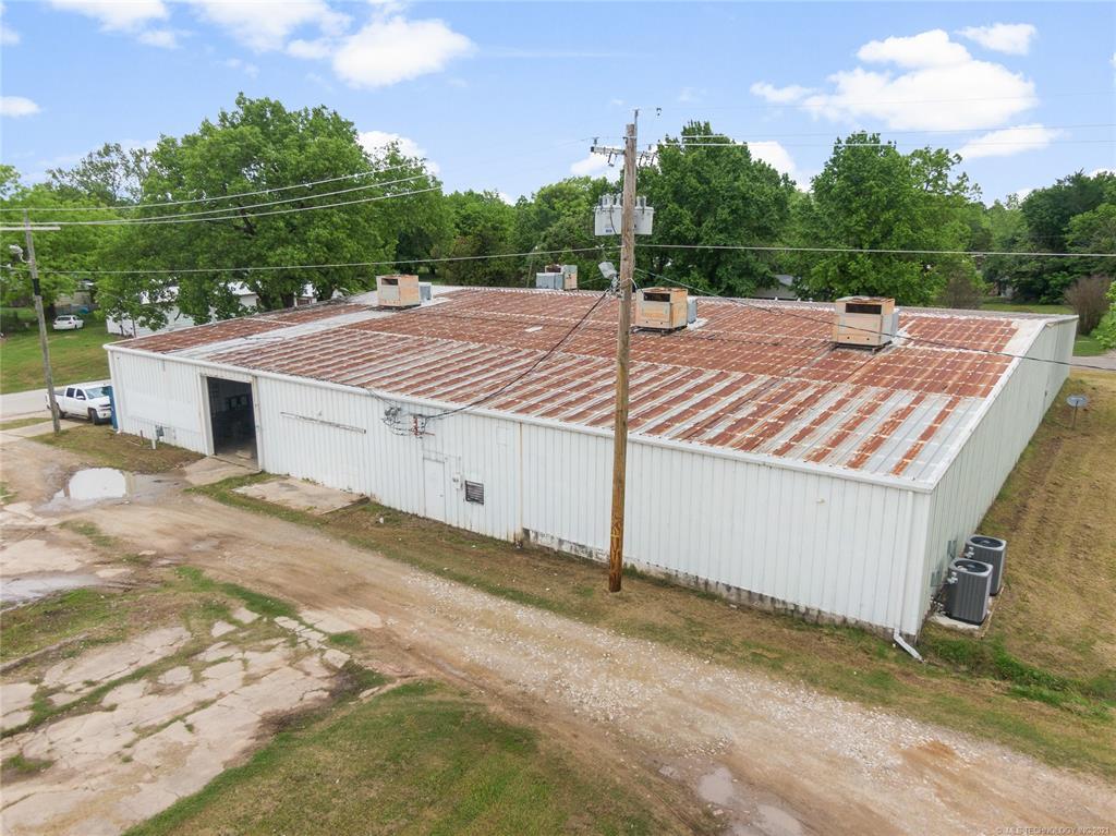 Active   233 W 8th Weleetka, Oklahoma 74880 4