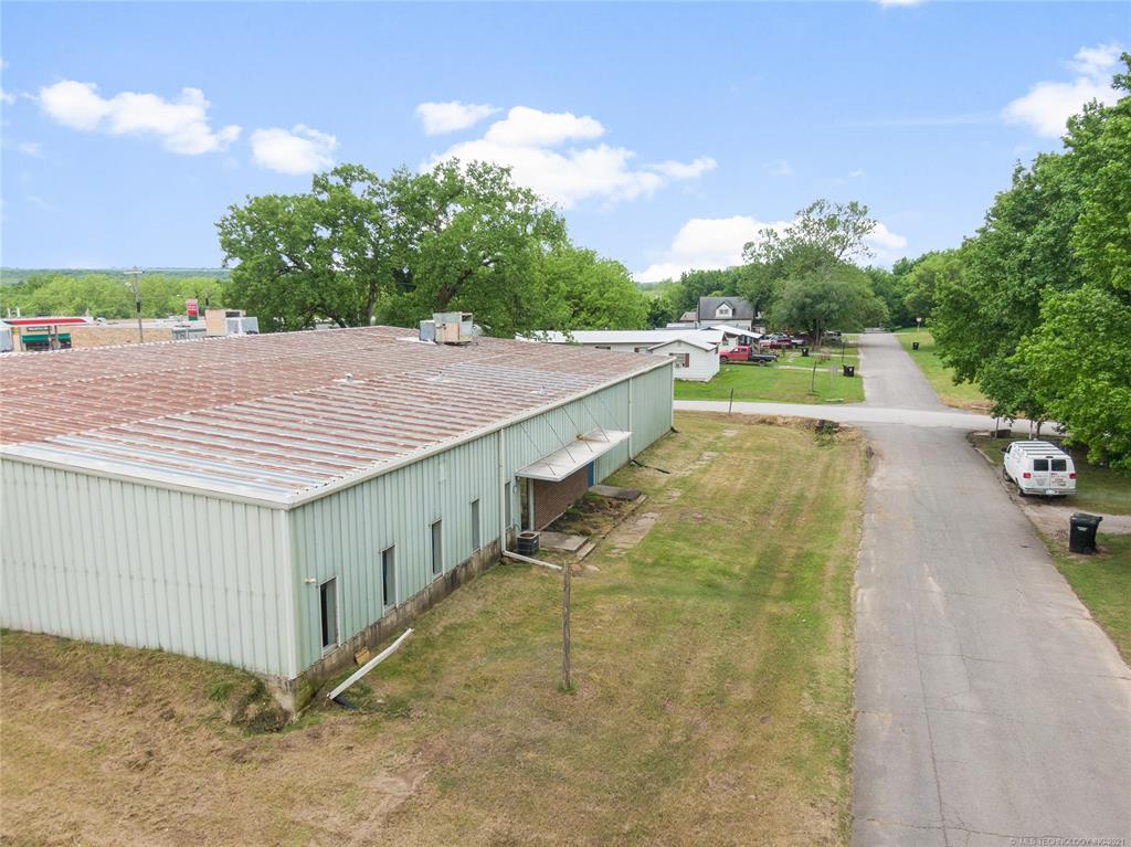 Active   233 W 8th Weleetka, Oklahoma 74880 5