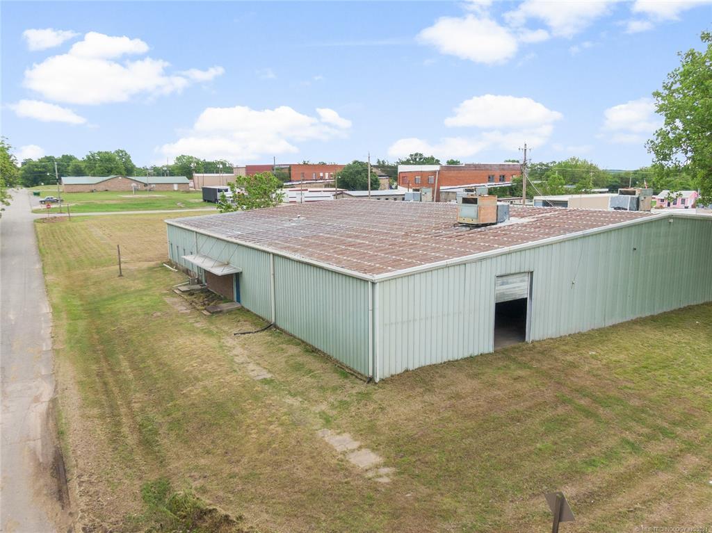 Active   233 W 8th Weleetka, Oklahoma 74880 6