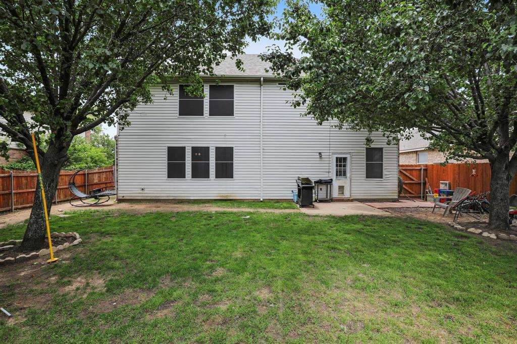 Pending   16160 Cowboy Trail Fort Worth, Texas 76247 27