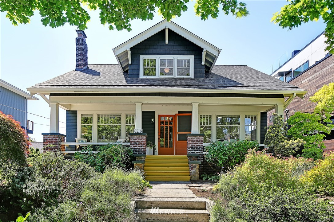 Pending | 6215 Greenwood Avenue N Seattle, WA 98103 0