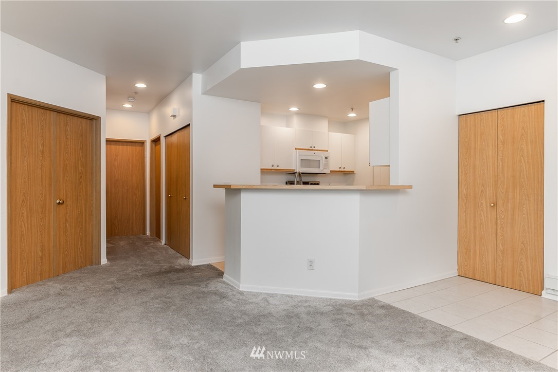 Sold Property | 23112 59th Place S #15-1 Kent, WA 98032 3