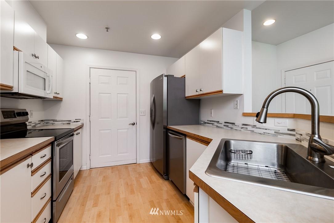 Sold Property | 23112 59th Place S #15-1 Kent, WA 98032 9