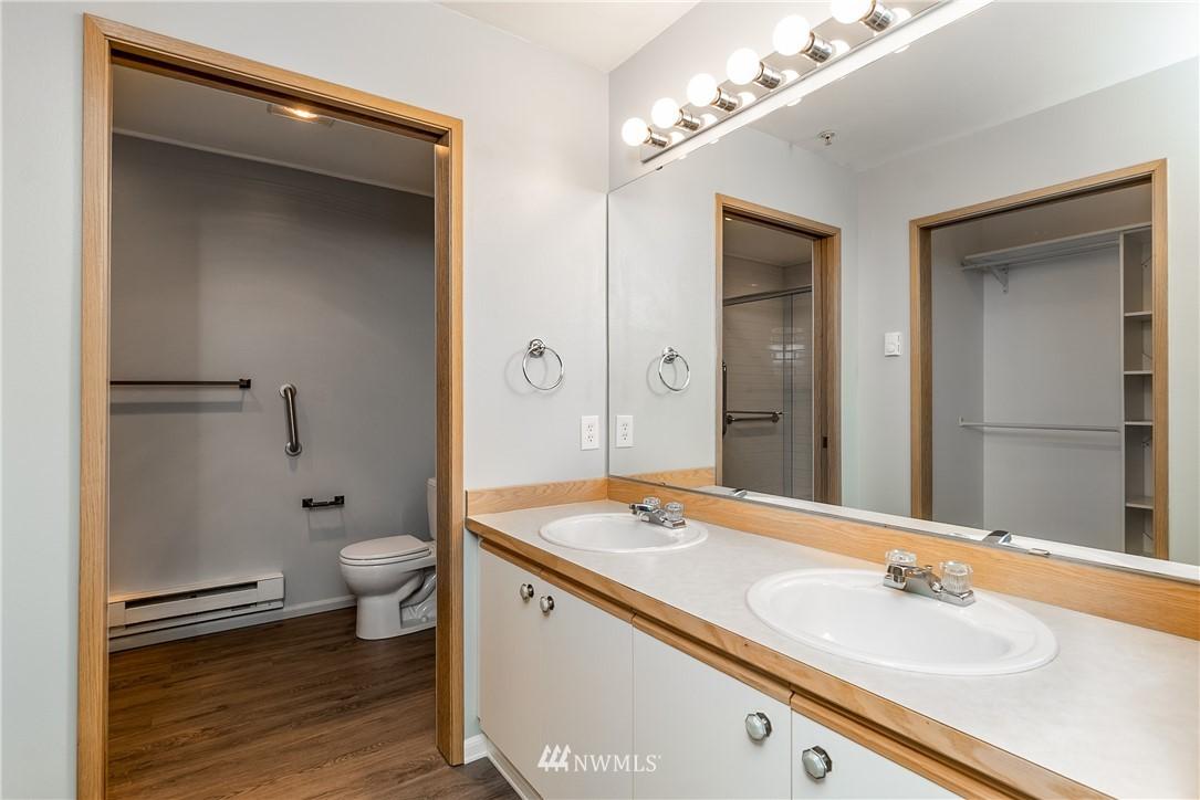 Sold Property | 23112 59th Place S #15-1 Kent, WA 98032 19