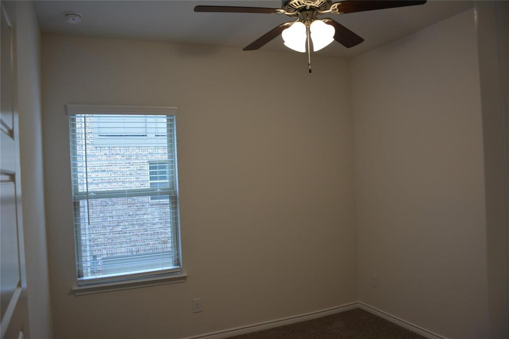 Pending | 2455 Klamath Drive Lewisville, Texas 75056 11