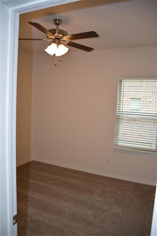 Pending | 2455 Klamath Drive Lewisville, Texas 75056 12