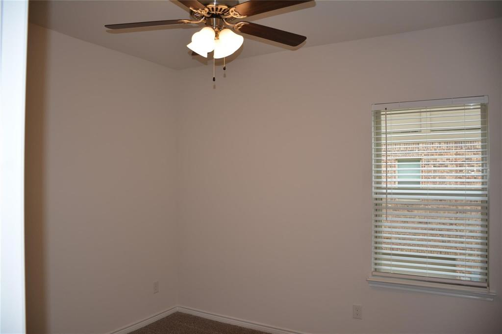 Pending | 2455 Klamath Drive Lewisville, Texas 75056 13