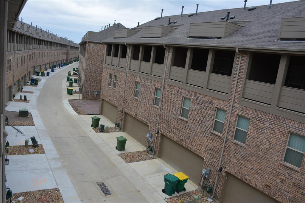 Pending | 2455 Klamath Drive Lewisville, Texas 75056 32