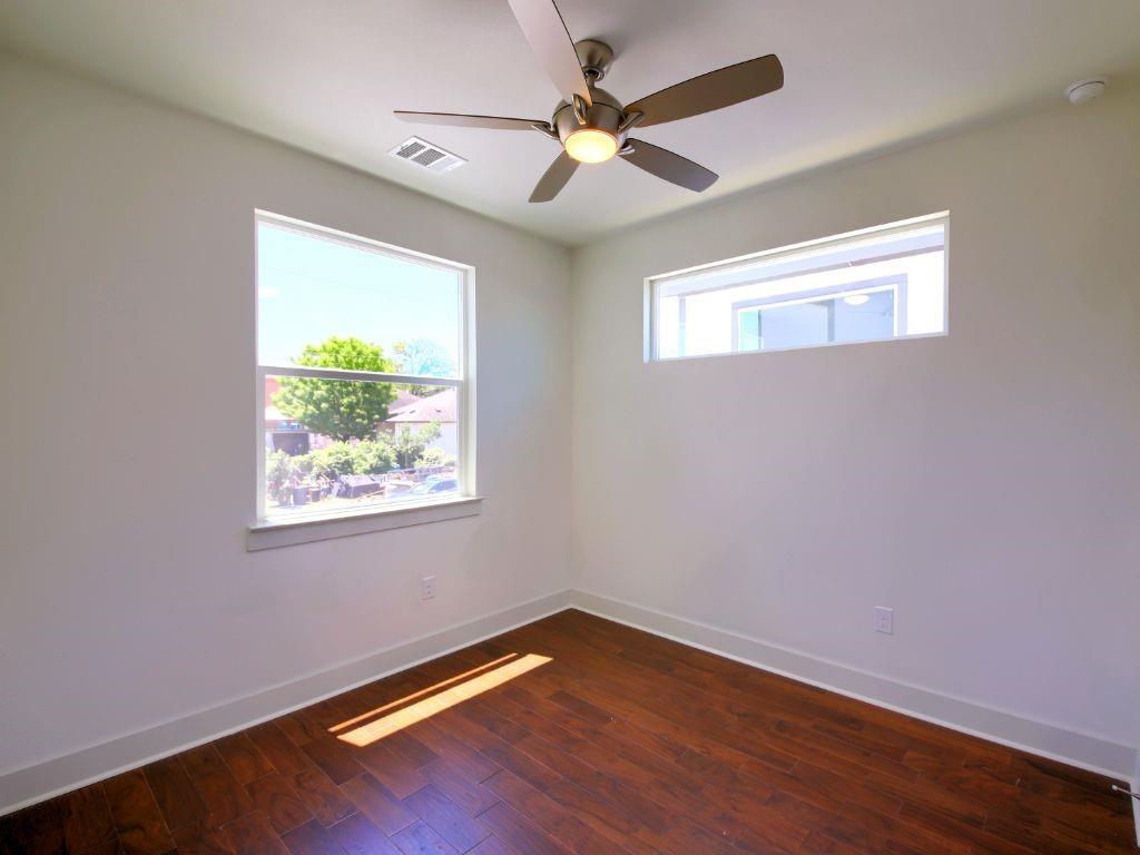 Closed   7301 Providence Avenue #B Austin, TX 78752 15