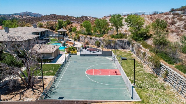 Active | 15609 Bronco Drive Canyon Country, CA 91387 6
