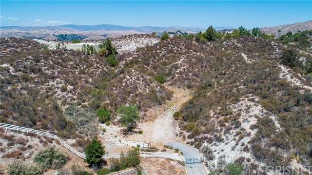 Active | 15609 Bronco Drive Canyon Country, CA 91387 7