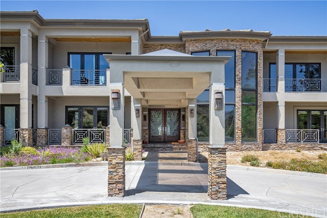 Active | 15609 Bronco Drive Canyon Country, CA 91387 14