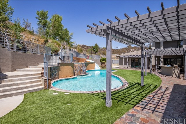 Active | 15609 Bronco Drive Canyon Country, CA 91387 64