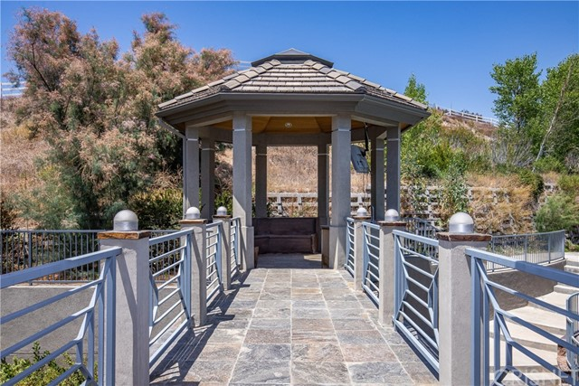 Active | 15609 Bronco Drive Canyon Country, CA 91387 66