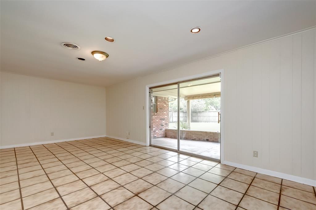 Active | 5211 Hummingbird Street Houston, Texas 77035 18