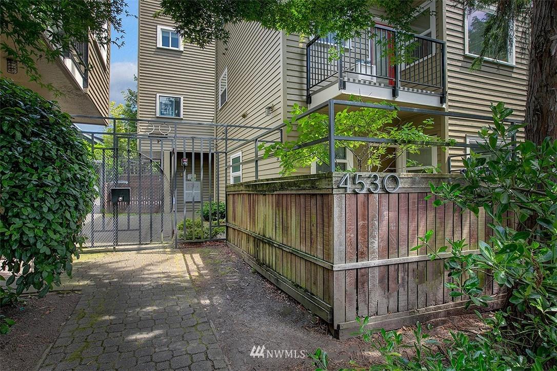 Sold Property | 4530 Meridian Avenue N #S 8 Seattle, WA 98103 0