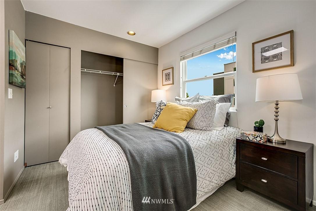 Sold Property | 4530 Meridian Avenue N #S 8 Seattle, WA 98103 7