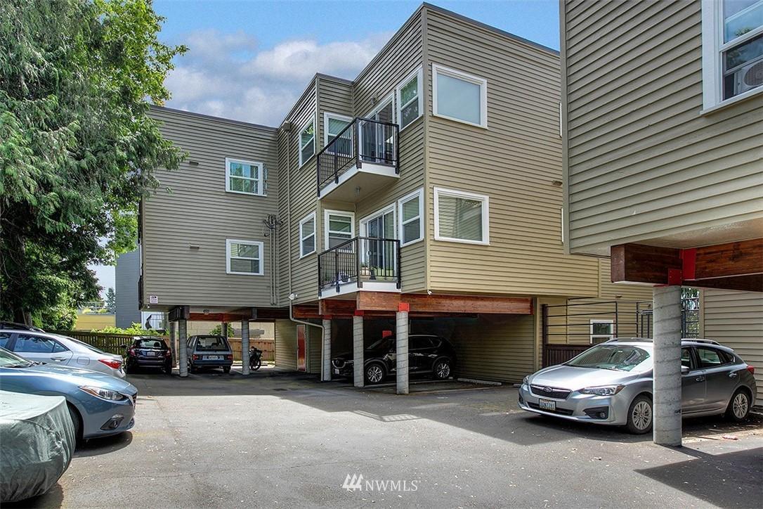 Sold Property | 4530 Meridian Avenue N #S 8 Seattle, WA 98103 11