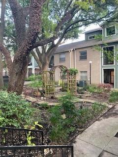 Closed   2104 Cullen Avenue #4-124 Austin, TX 78757 1