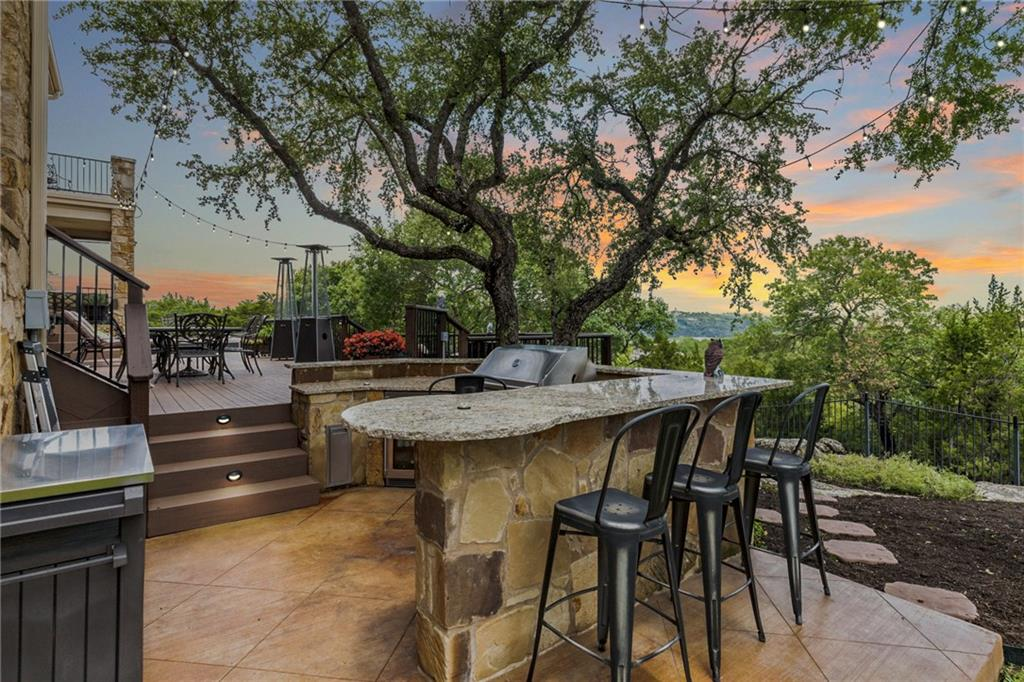 ActiveUnderContract   13512 Country Trails Lane Austin, TX 78732 3