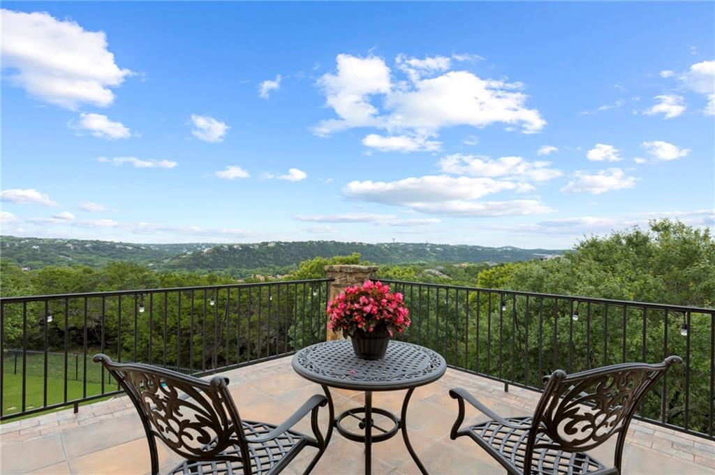 ActiveUnderContract   13512 Country Trails Lane Austin, TX 78732 4