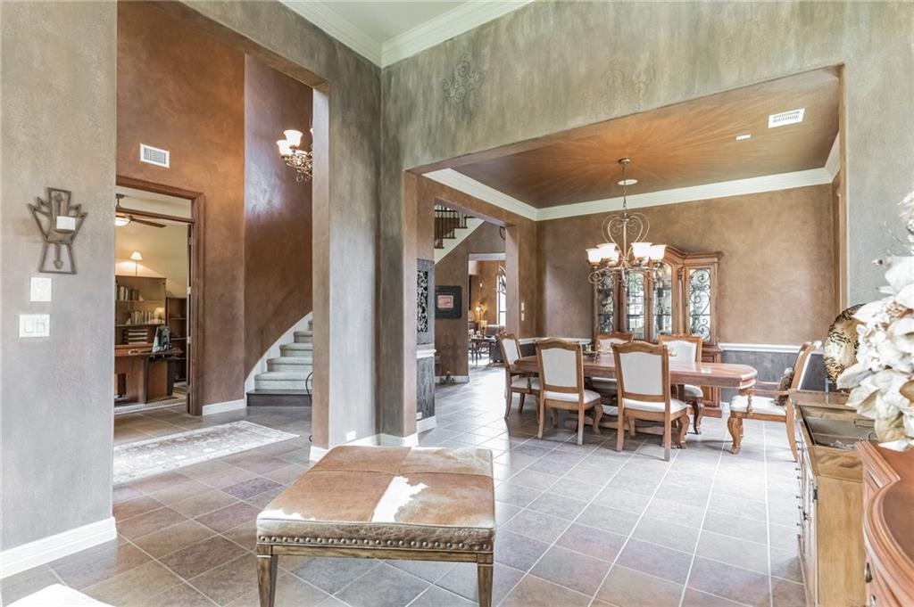ActiveUnderContract   13512 Country Trails Lane Austin, TX 78732 14