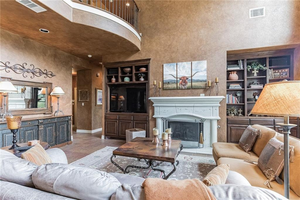 ActiveUnderContract   13512 Country Trails Lane Austin, TX 78732 19