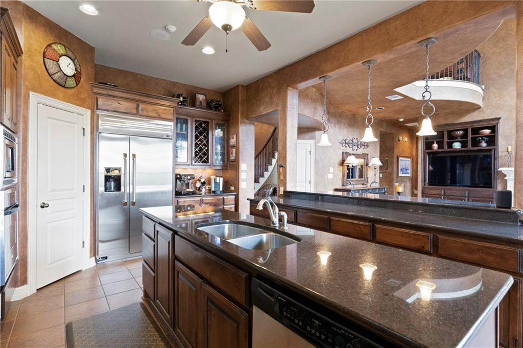 ActiveUnderContract   13512 Country Trails Lane Austin, TX 78732 24