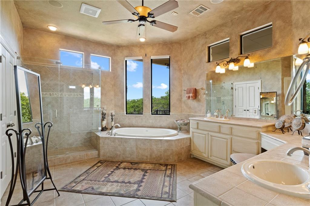 ActiveUnderContract   13512 Country Trails Lane Austin, TX 78732 28