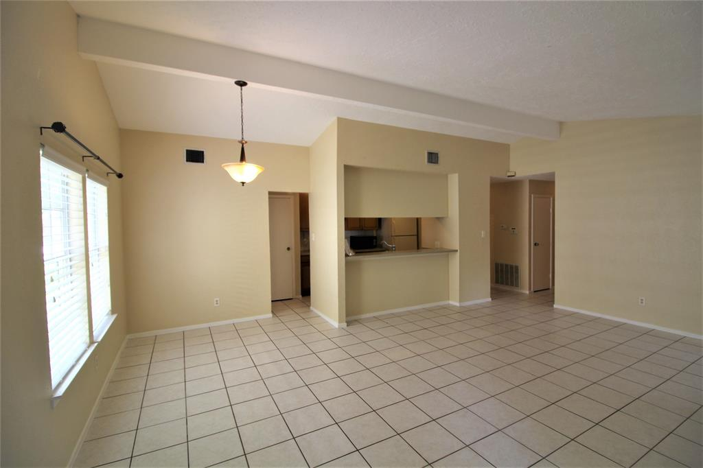 Option Pending | 22 Dellforest Court The Woodlands, Texas 77381 14