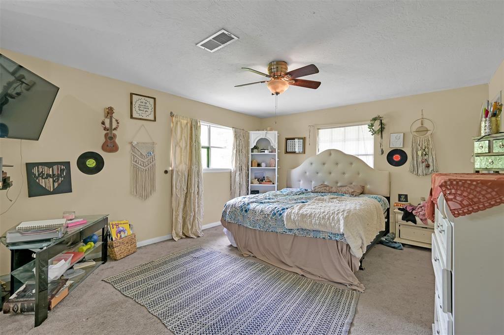 Active   400 Shadywood Circle Conroe, Texas 77304 15