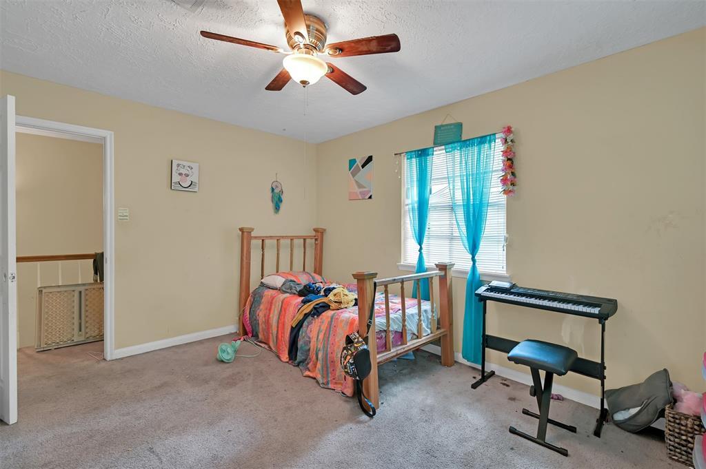 Active   400 Shadywood Circle Conroe, Texas 77304 26