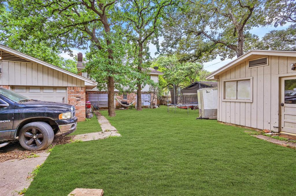 Active   400 Shadywood Circle Conroe, Texas 77304 30