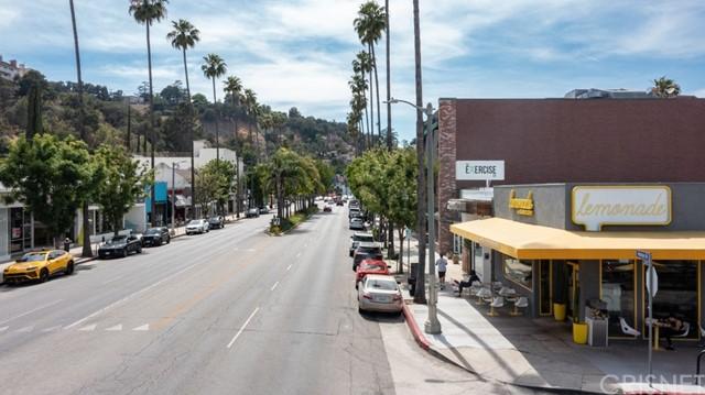 Closed | 12309 Cantura Street Studio City, CA 91604 5