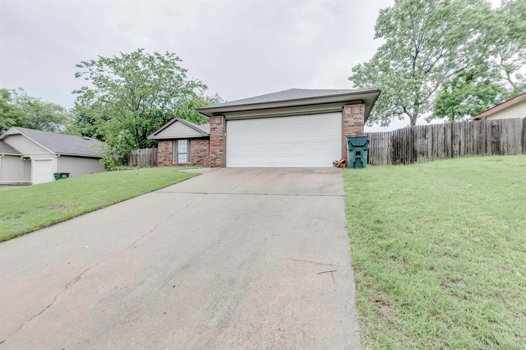 Off Market   8914 N 119th East Avenue Owasso, Oklahoma 74055 3